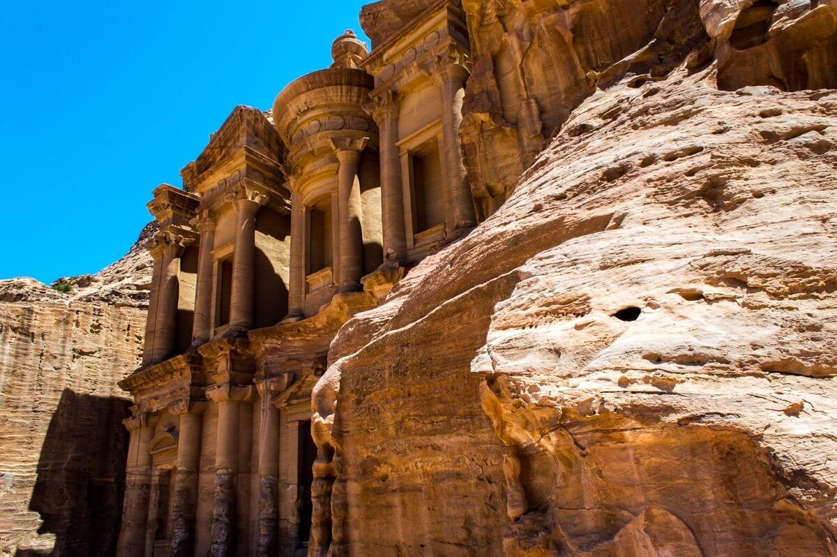 Petra Travel Guide