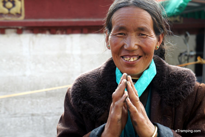 Locals praying in Tibet