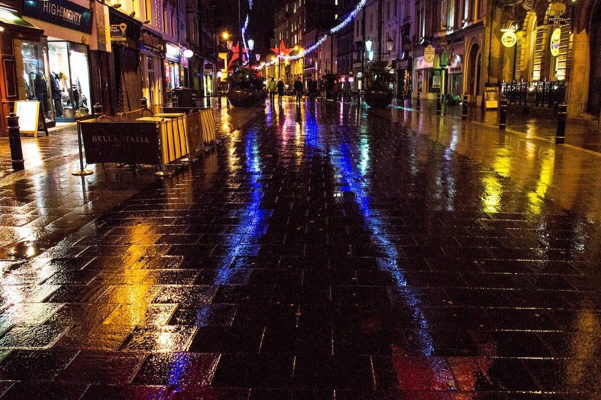Nightime in Cardiff