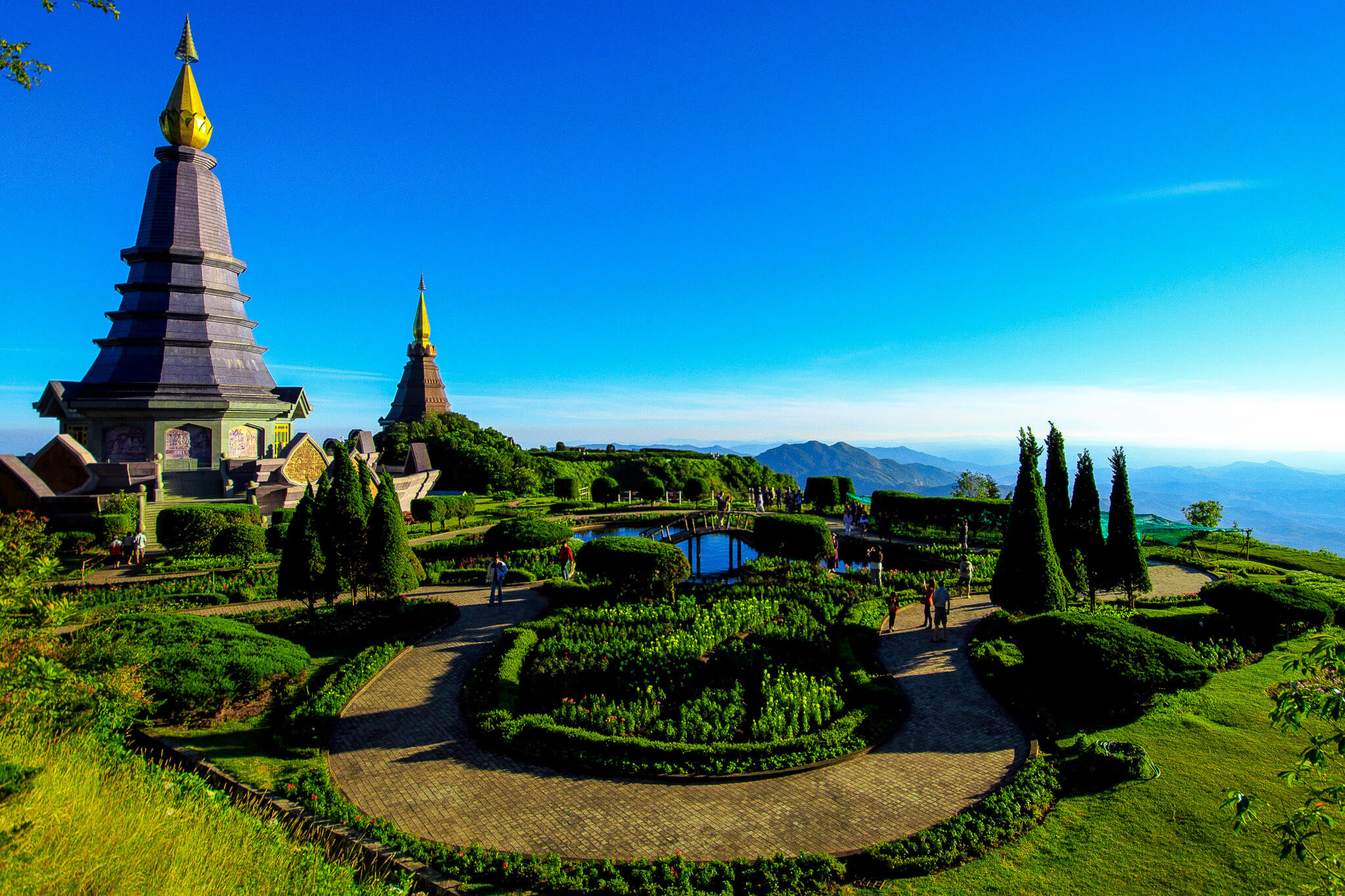 The King and Queen chedis at Doi Inthanon